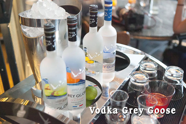 Rượu Vodka Grey Goose